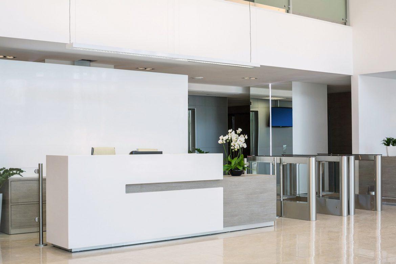 Salle de reception : Comment choisir le meilleur mobilier de bureau pour votre espace d'accueil
